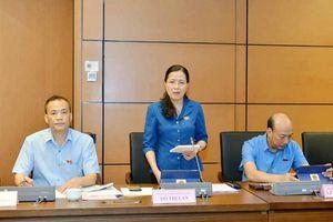 Đoàn ĐBQH tỉnh thảo luận tại tổ về Dự án Luật Người lao động Việt Nam đi làm việc ở nước ngoài theo hợp đồng (sửa đổi)