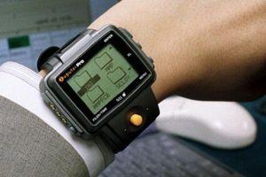 'Trên tay' chiếc smartwatch tối cổ của thế giới