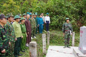 Phối hợp tuần tra bảo vệ đường biên, cột mốc tuyến biên giới Việt Nam - Lào