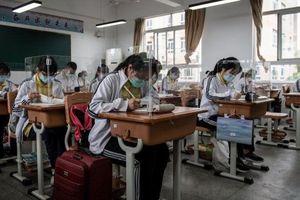 Hậu phong tỏa, nhiều học sinh Trung Quốc tự tử vì căng thẳng
