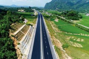 Hướng nào cho tuyến cao tốc Bắc-Nam qua Bình Định?