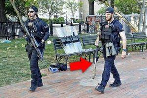 Mỹ giải tán biểu tình bằng súng lạ, trực thăng quạt gió