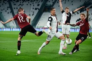 Ronaldo đá hỏng penalty, Juventus vẫn vào chung kết Coppa Italia