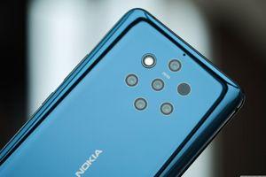 Công ty phát triển camera cho Nokia 9 rút khỏi lĩnh vực smartphone