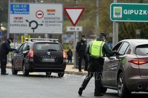 Tây Ban Nha thí điểm mở cửa biên giới cho 10.000 du khách Đức