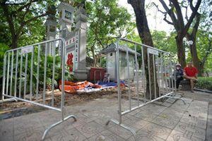Cụm tiểu mới phát hiện trước đền Ngọc Sơn không phải là mộ cổ