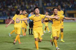 Hà Nội FC thất bại cay đắng trước Sông Lam Nghệ An
