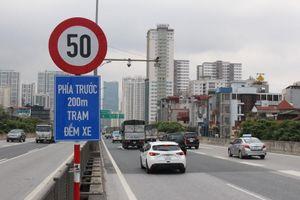 Hà Nội: Không chấp thuận hạ tốc độ đường trên cao xuống 60km/h