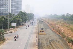 Ban Duy tu nói gì về tồn tại ở dự án mở rộng đường gom Đại lộ Thăng Long?