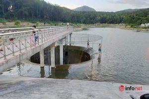 Hà Tĩnh: Đua nhau đi tắm ở hồ điều hòa, liều lĩnh dạo chơi bên miệng 'hố tử thần'