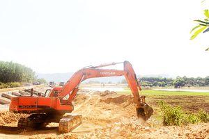 Sửa chữa các hồ thủy lợi