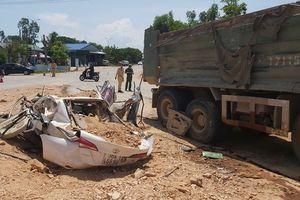 Bắt giam tài xế chở đất đá làm 3 người chết