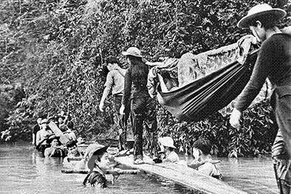 Tự hào phóng viên Thông tấn xã Giải phóng: Ký ức của tác giả bức ảnh 'Cầu người'