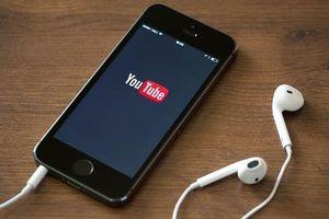Muốn nghe YouTube trên điện thoại nhưng lại cần sử dụng app khác, bạn phải biết chiêu này!
