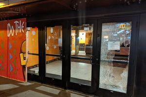 Sau bạo loạn, Minneapolis lại xảy ra vụ nổ súng chết người