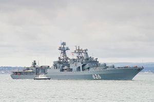 Chiến hạm Anh bám sát tàu khu trục Nga