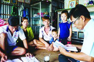 Lớn lên trong gia đình Tiền Phong