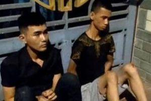 2 thanh niên lao thẳng xe vào tổ tuần tra khiến một công an bị thương