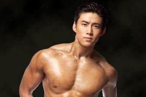 Mỹ nam cơ bắp Taec Yeon (2PM) hẹn hò bạn gái ngoài ngành giải trí