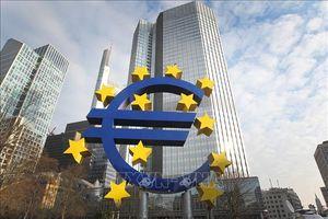 Hoạt động sản xuất kinh doanh tại Eurozone tiếp tục giảm