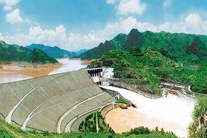 Ký cam kết tài chính trị giá 100 triệu EUR cho dự án Nhà máy Thủy điện Hòa Bình mở rộng