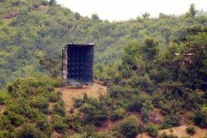 Động thái mới: Triều Tiên tháo dỡ các loa phóng thanh mới lắp dọc biên giới với Hàn Quốc