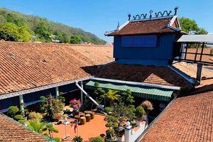 Độc đáo với kiến trúc và lịch sử hấp dẫn của quần thể Nhà lớn Long Sơn