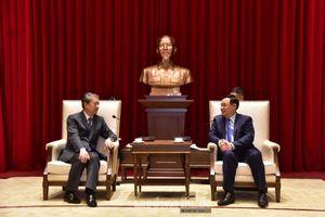 Bí thư Thành ủy Vương Đình Huệ tiếp Đại sứ đặc mệnh toàn quyền Trung Quốc