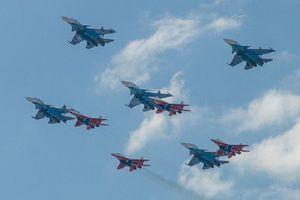 2 thành phố Nga bất ngờ hủy màn diễu binh trên không trong Ngày Chiến thắng