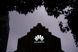Chính quyền Mỹ liệt Huawei vào danh sách có quân đội TQ chống lưng