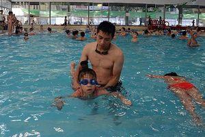 Dạy bơi an toàn cho gần 9.000 trẻ em