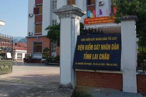 Tin nóng ngày 25/6: 'Trảm' hàng loạt cán bộ Viện KSND tỉnh vì đánh bạc