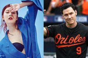 Ca sĩ gợi cảm Hàn Quốc hẹn hò cầu thủ bóng chày hơn 23 tuổi