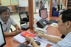 Tiến tới dùng sơ yếu lý lịch điện tử trong quản lý cán bộ, công chức, viên chức
