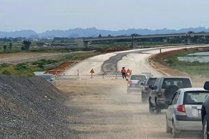 Cao tốc đoạn Cao Bồ-Mai Sơn: Mặt bằng sạch đã đạt hơn 95%