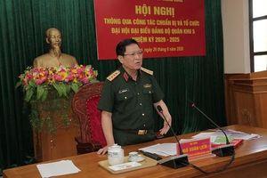 Bộ trưởng Bộ Quốc phòng làm việc với Quân khu 5