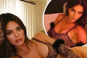Kendall Jenner siêu quyến rũ với nội y hững hờ