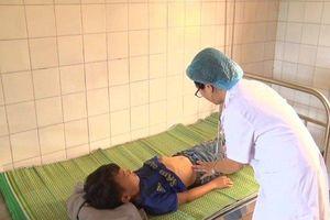 Lào Cai: 85 học sinh nhập viện nghi ngộ độc thức ăn
