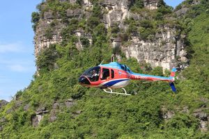 Độc đáo Tour trải nghiệm dịch vụ ngắm cảnh Tràng An bằng máy bay trực thăng Bell 505