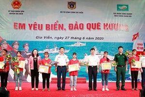 Ninh Bình: Đã tìm ra quán quân cuộc thi 'Em yêu biển đảo quê hương'