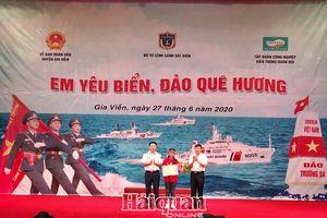 88 học sinh thử sức với cuộc thi Em yêu biển đảo quê hương tại Ninh Bình