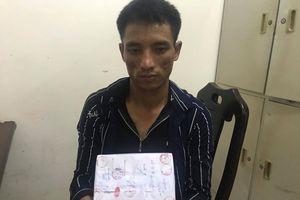 Hải quan Nghệ An bắt đối tượng vận chuyển 1 bánh heroin và gần 1 kg ma túy tổng hợp