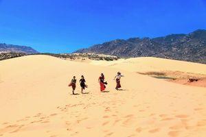 Mùa hè khám phá 'tiểu sa mạc' Mũi Dinh