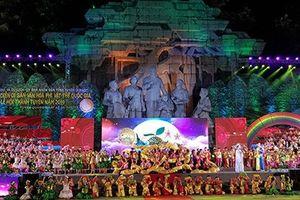 Lễ đón nhận Bằng ghi danh của UNESCO di sản văn hóa phi vật thể 'Thực hành Then của người Tày, Nùng, Thái ở Việt Nam' và Lễ hội Thành Tuyên năm 2020