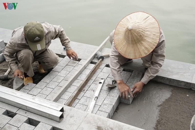 Hồ Hoàn Kiếm 'thay áo mới'