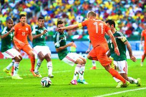 Ngày này năm xưa: Robben 'ăn vạ' đưa Hà Lan vào tứ kết World Cup 2014