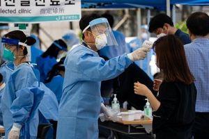 Làn sóng lây nhiễm thứ hai khiến Hàn Quốc vật lộn với các ca nhiễm Covid-19 mới