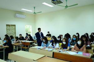 Ngày cuối đăng ký thi THPT: Tăng bài thi tổ hợp có môn Tiếng Anh