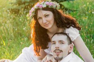 Cô gái xinh đẹp vượt 3000km kết hôn với chàng trai tật nguyền