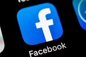 Facebook tung ra chế độ Dark Mode trên iOS